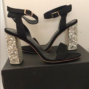 Black, Moulded Metallic Heel Sandal